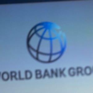 世界銀行調降今年全球經濟成長率至2.6%;台灣外貿依存度逾六成,勢將首當其衝。圖:美聯社